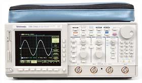 Tektronix TDS724C-1M-2C-4C