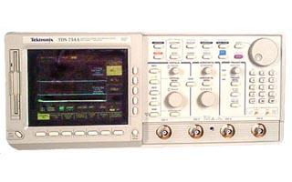 Tektronix TDS754A-1M