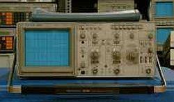 Tektronix 2220